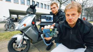 Sie-sorgen-dafuer-dass-die-Batterie-laenger-haelt_ArticleWide
