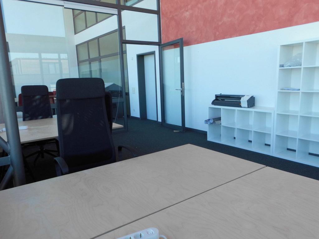 TZL_WeDSGN_Coworking_Arbeitsplätze_moebliert