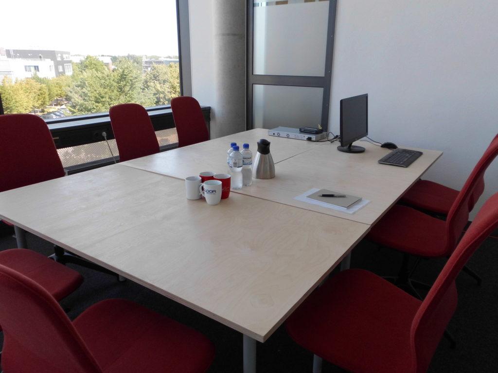 TZL_WeDSGN_Coworking_Konferenzraum_moebliert